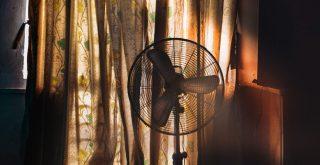 Ventilator in donkere kamer